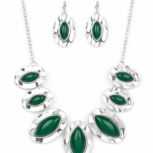 paparazzi Jewelry - Necklace & Earrings Set